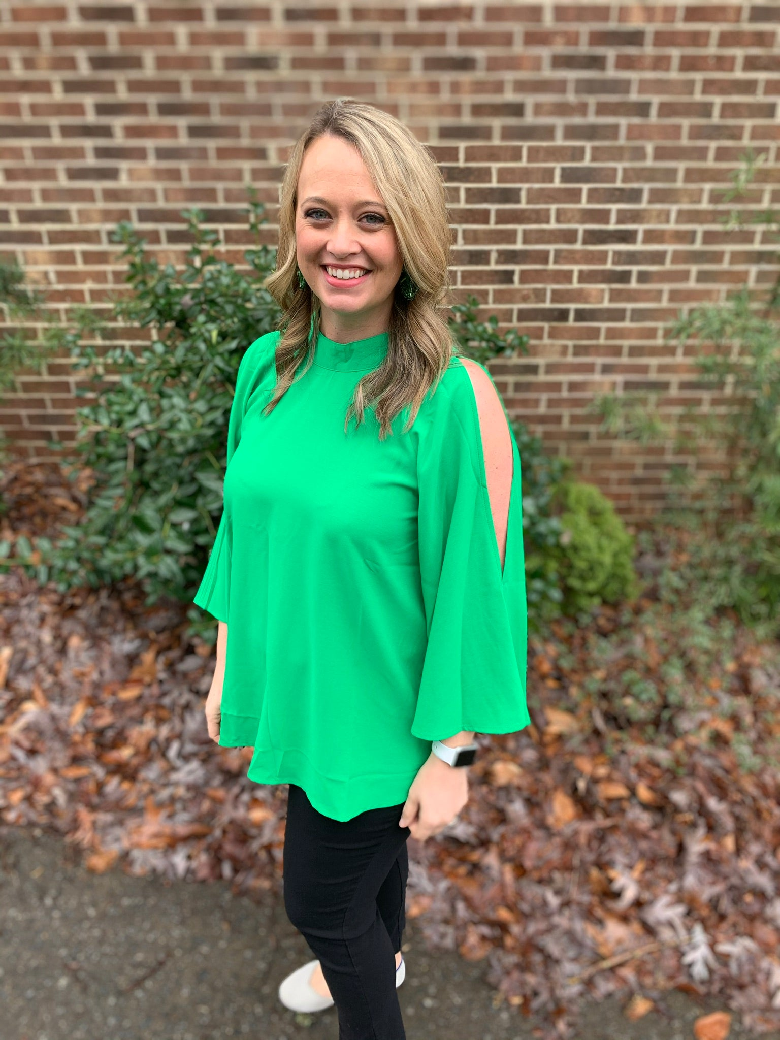 Open sleeve top- green