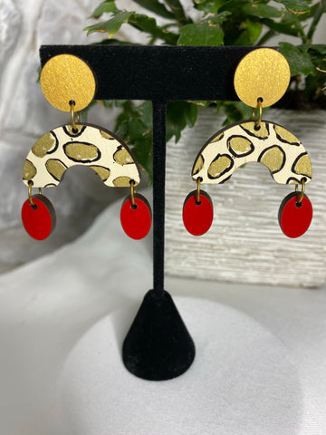 Wooden Arch and Oval- gold, leopard, red