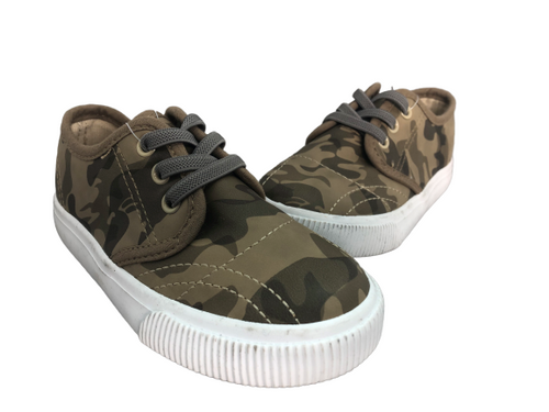 Falls Creek Camo Sneakers Size 10