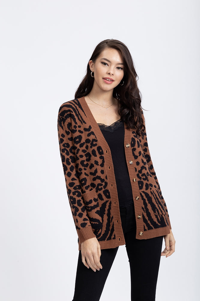 Liquorish Cardigan in Leopard