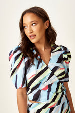 Abstract print wrap top with short sleeves