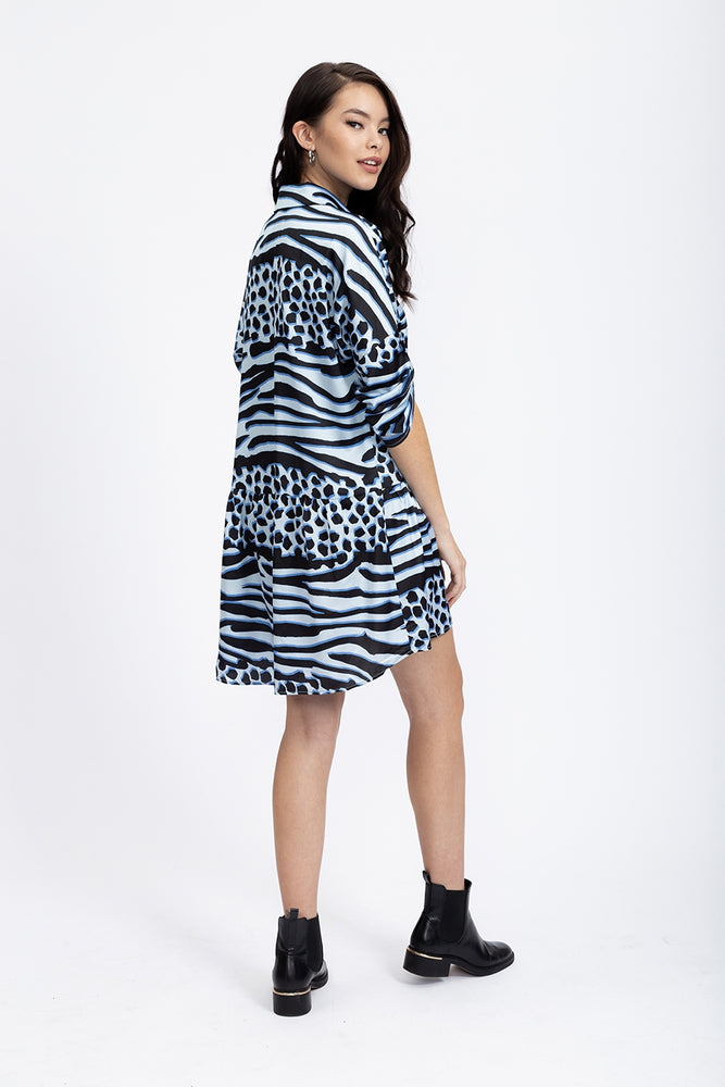 Liquorish Oversized Mini Shirt Dress With Hem in Blue Animal Print