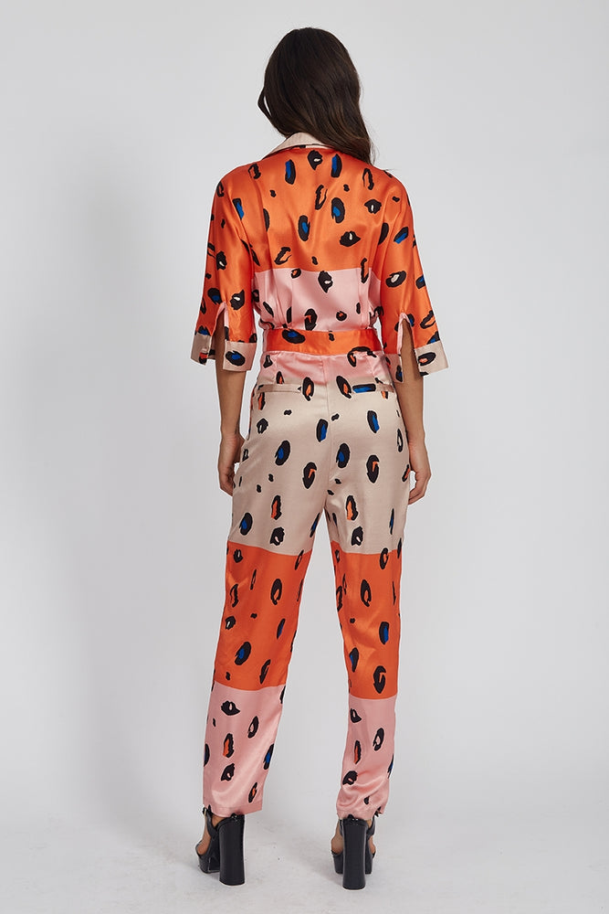 Liquorish Jumpsuit with Belt in Contrasting Orange and Pink Leopard Print