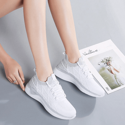 Connecy Robin Lightweight Sneakers