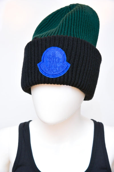 Moncler Ribbed Logo Patch Winter Hat