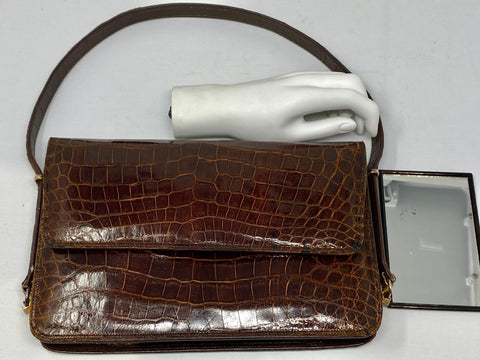 Vintage: Brown Leather Croc Embossed Shoulder Bag