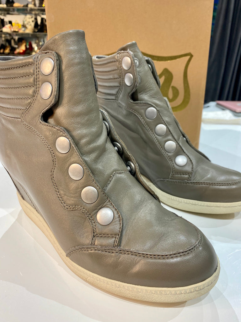 ASH Leather Wedge Putty Color Sneaker with Silver Snap Closure