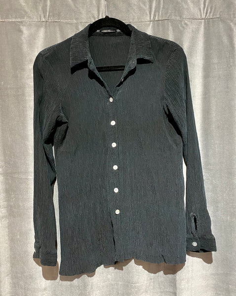 ISDA&CO Black Long sleeve button down top