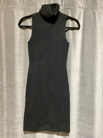 A.L.C. Black Ribbed Sleeveless Turtleneck Sweater with Open Circle on Back