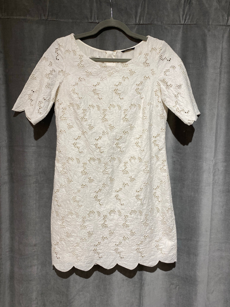 Cream Floral Eyelet Short Sleeve dress
