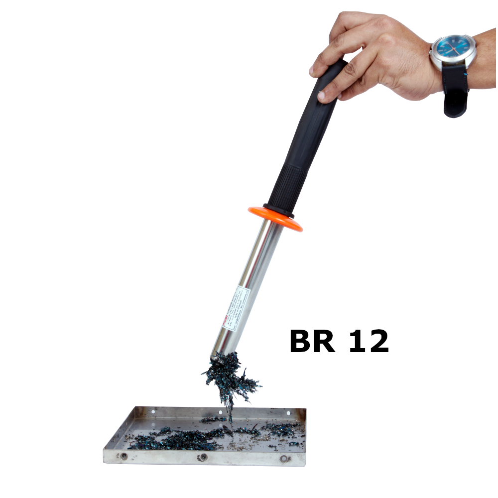 Magnetic Retrieving Baton with Release-Action1