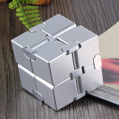 Jouet Anti-Stress <br>Cube Infini Aluminium - Shop Antistress