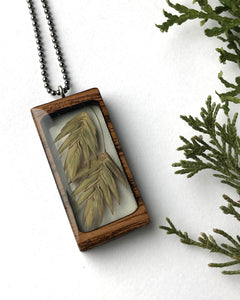 Build With Wood Plantlife Pendant Sea Oats