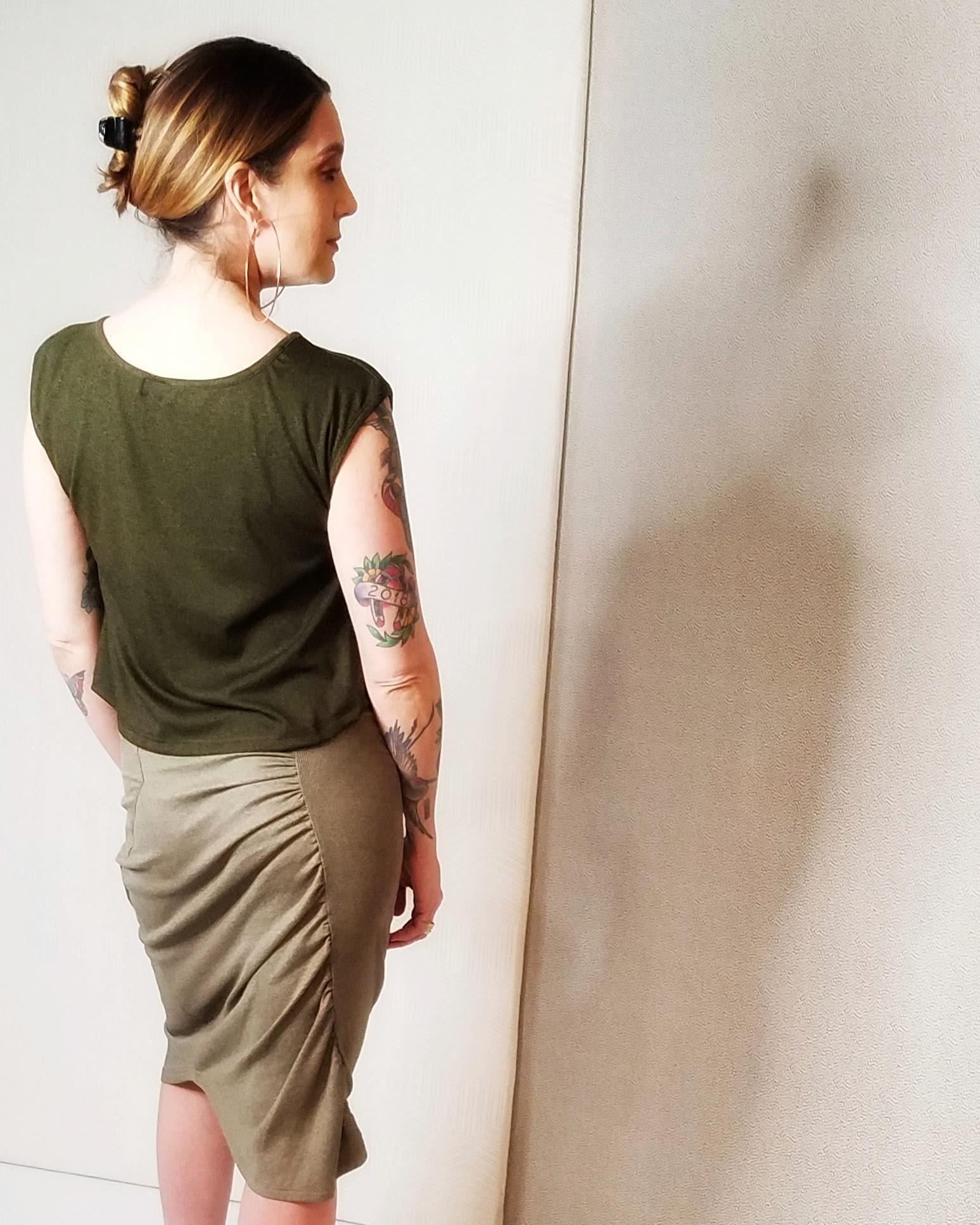 Squasht Croppish Tee - Dark Olive Green