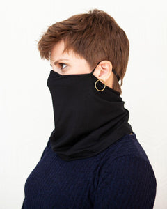Squasht Cowl Marv in Solid Black
