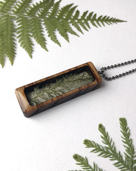 Build With Wood Plantlife Pendant Yarrow