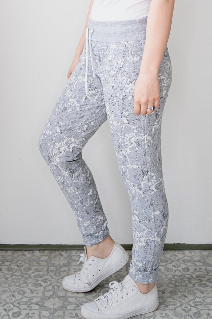 Charmed Ankle Pant - The Wardrobe