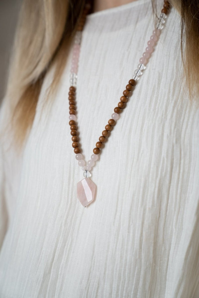 Rose Quartz Stone Necklace - The Wardrobe