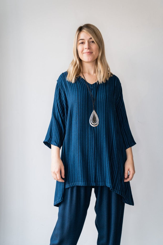 V-Neck Tunic - Midnight Blue - The Wardrobe