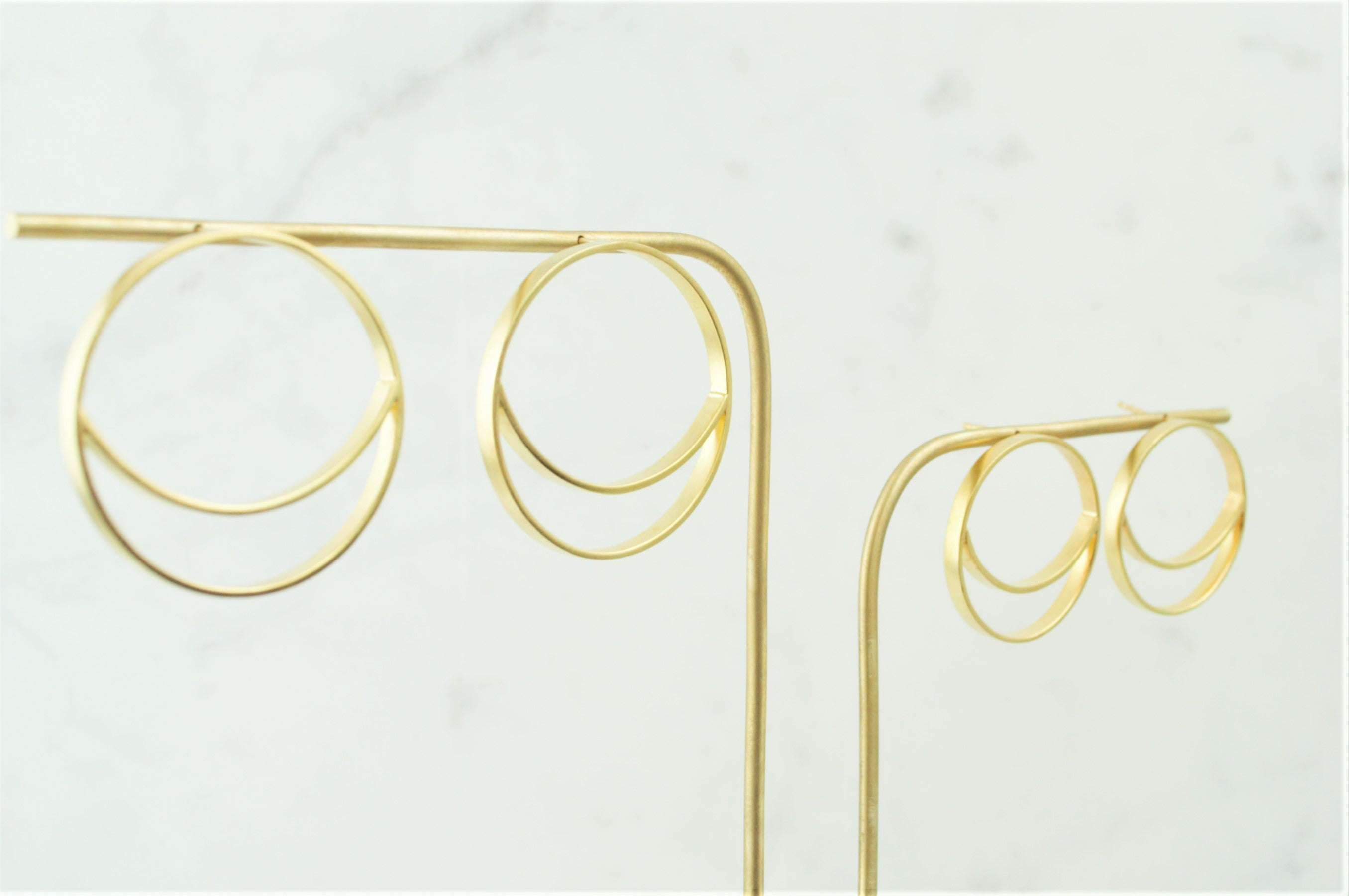 Luna Gold Medium Hoops