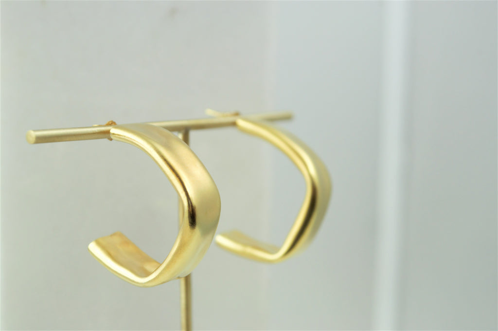 Alia Gold Hoops