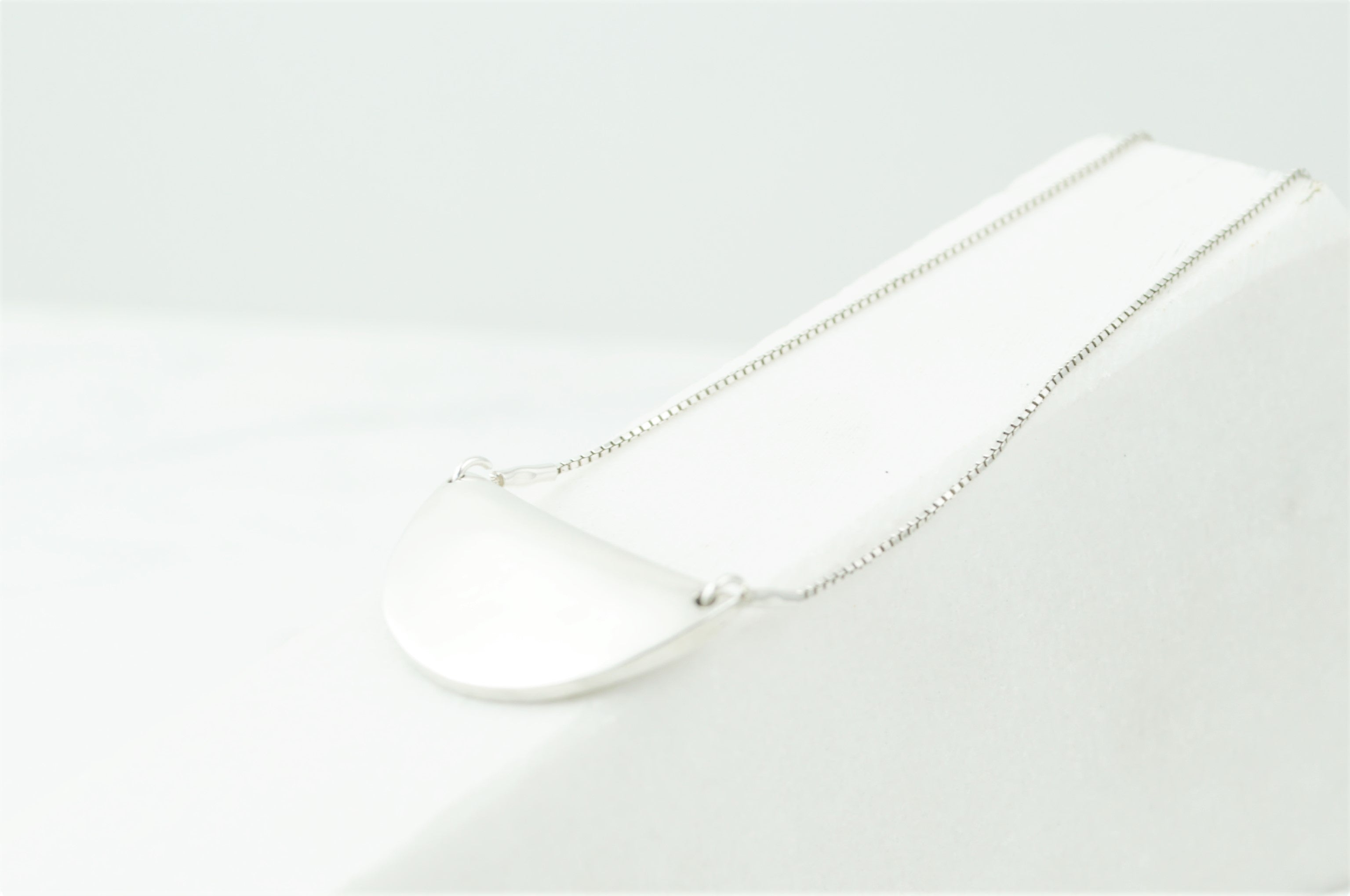 The Mussel Pendant