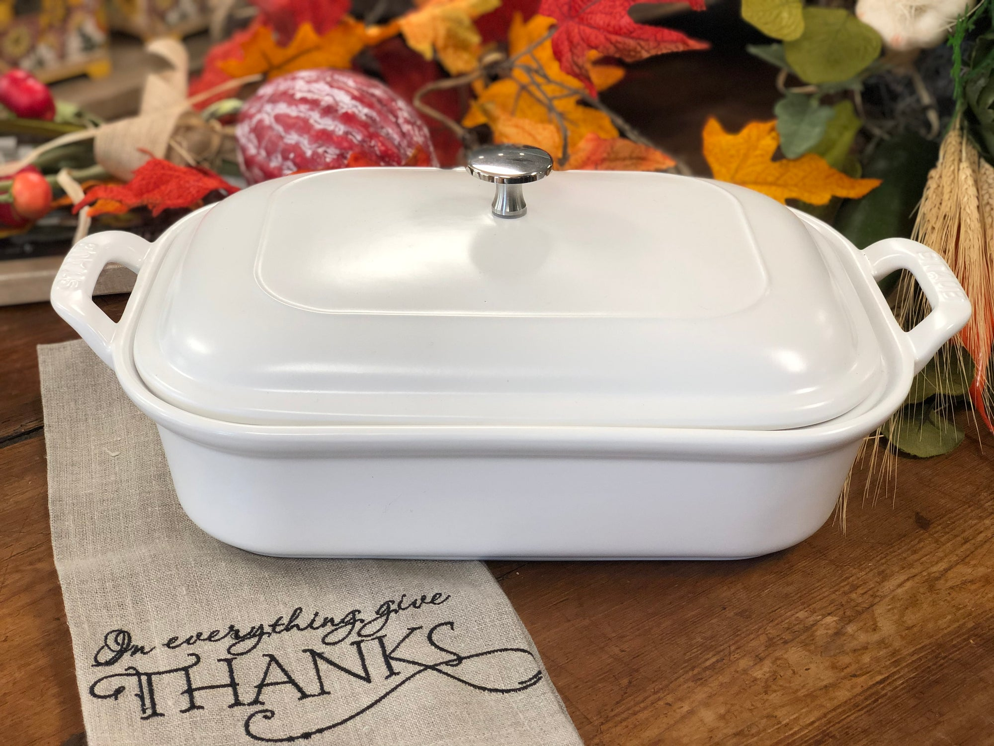 Shop GORGEOUS Ceramic Dishes for Thanksgiving!