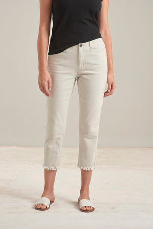 The Perfect Capri Jean in Sand