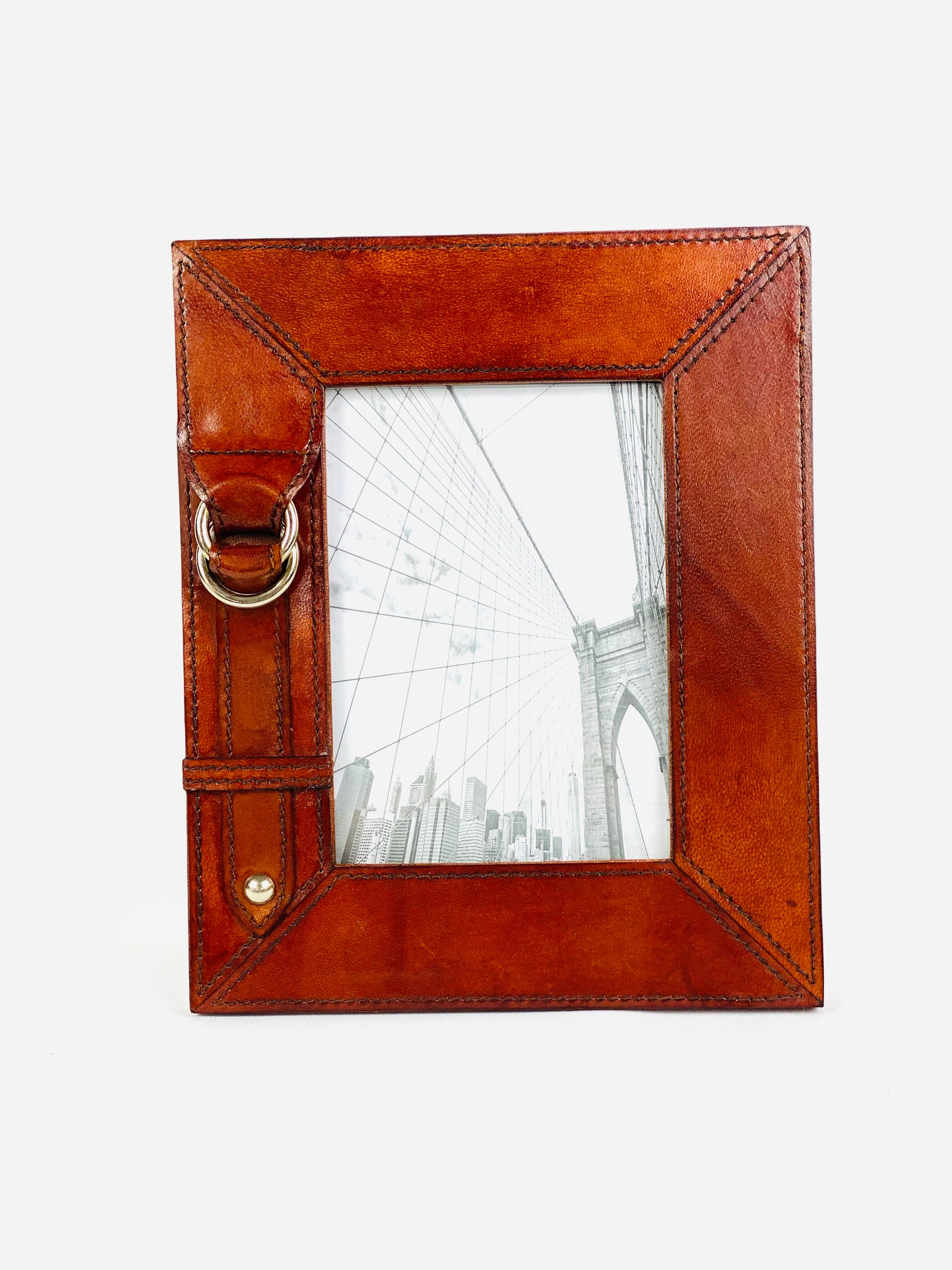 "4"" X 6"" Leather Buckle Frame"