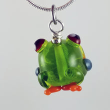 Load image into Gallery viewer, 2020 Vision Franklin Tree Frog Hand Sculpted Glass Pendant