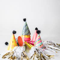 Load image into Gallery viewer, Happy Birthday Lots of Dots Party Hats