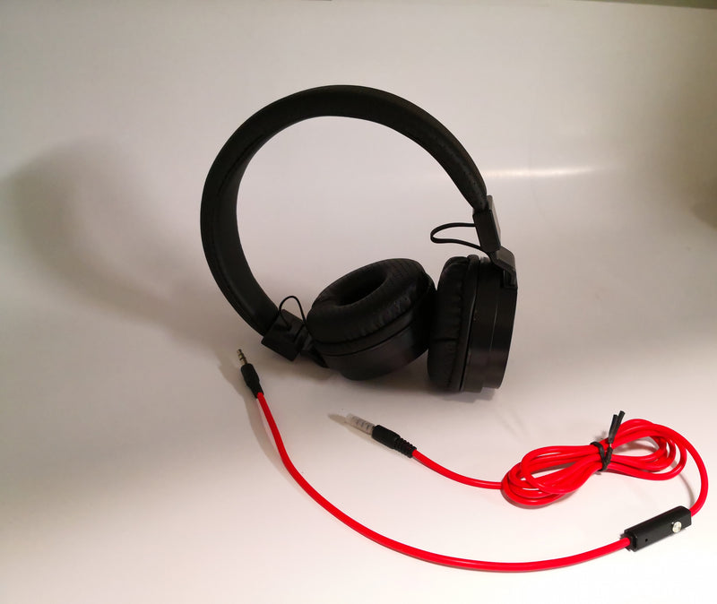 AKY B021 Wired Stereo Headset with Mic