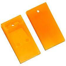 "Tavy 1/4"" Orange Wedge Spacers (100-bag)"