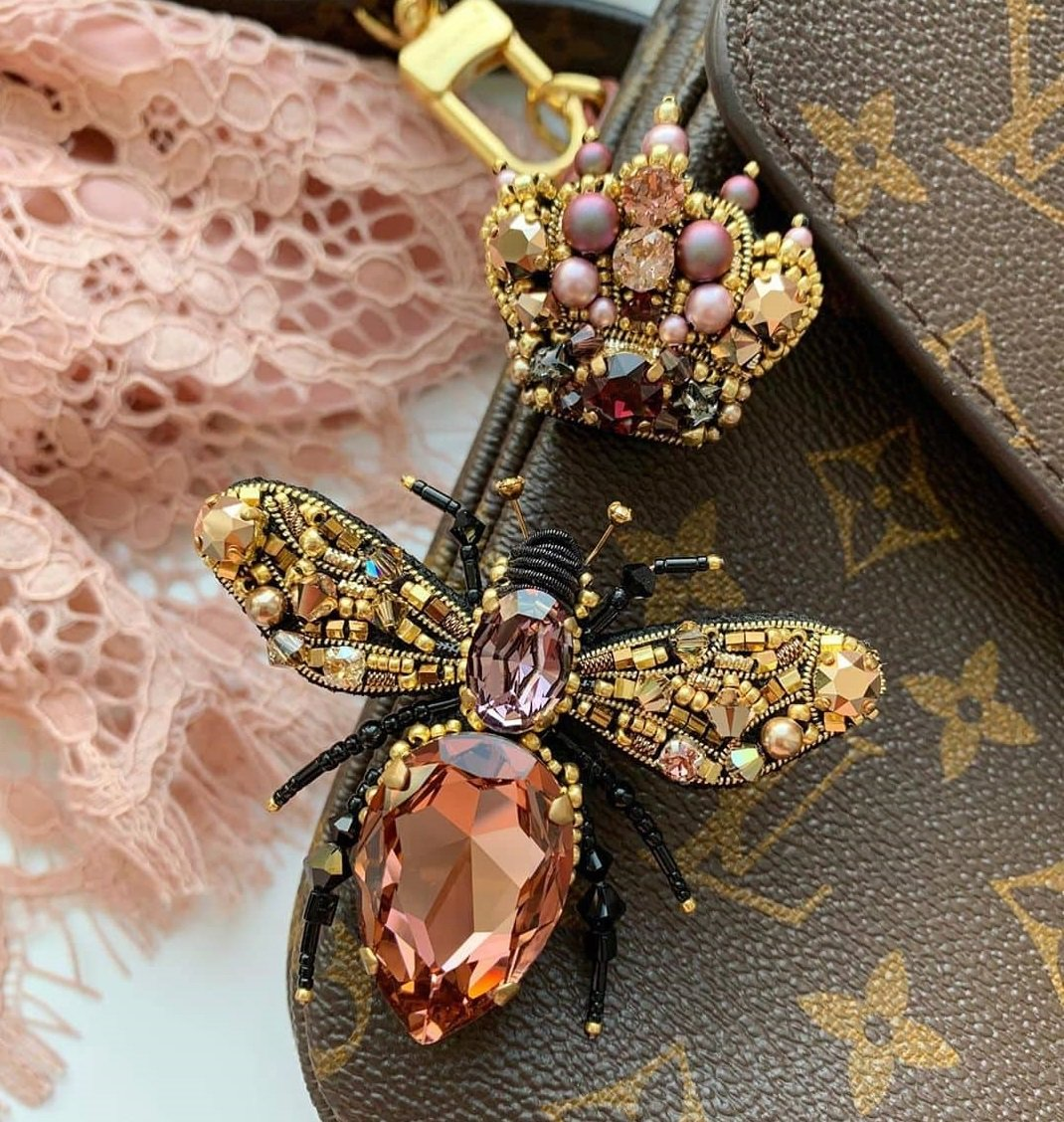When Do You Have to Wear a Brooch? | Brooch Paradise