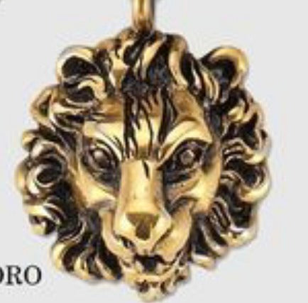 10K Yellow Gold Aged Lion Head Pendant
