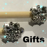 Christmas Beaded Knitting Needles and Hooks - Funky Needles Knitting Boutique