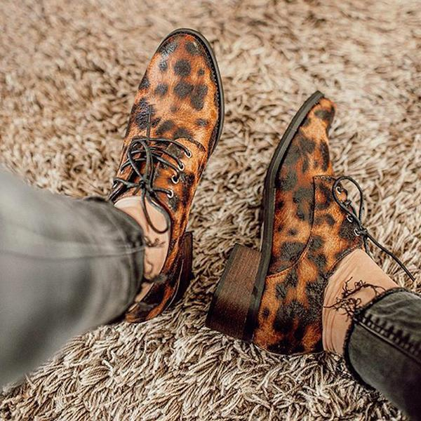 Jolimall Plus Size Leopard Leather Lace Up Boots
