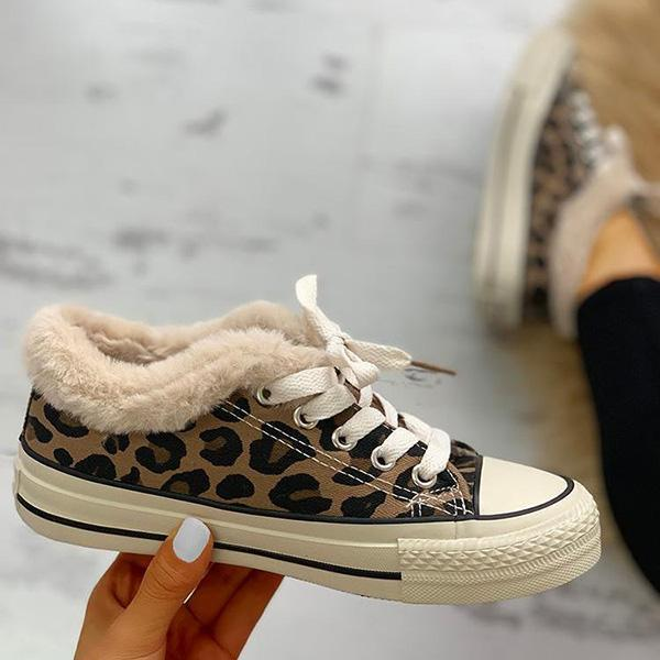 Jolimall Fluffy Leopard Lace-Up Low Top Sneakers