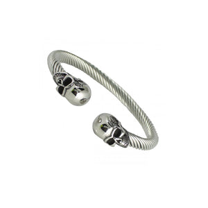 Black Skull Heads Stainless Steel Twisted Cable Bangle