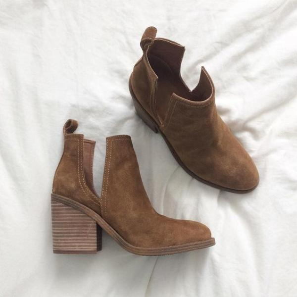 Thishoes Ankle Pointed Chunky Boots