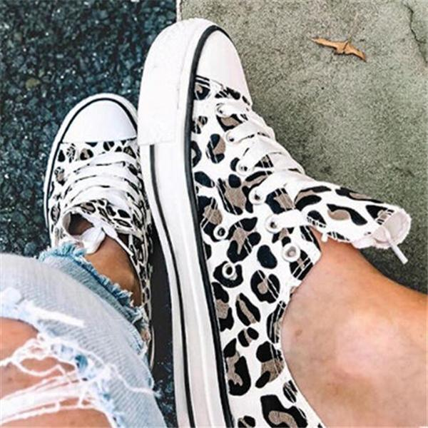 Thishoes Leopard Printed Lace-Up Sneakers