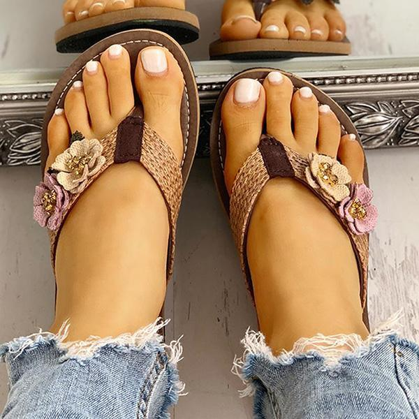 Thishoes Flower Design Flat Sandals