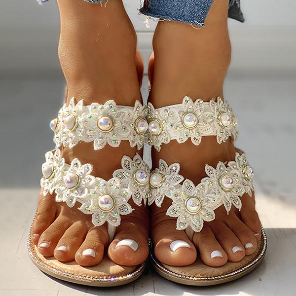 Thishoes Studded Toe Post Flat Slipper