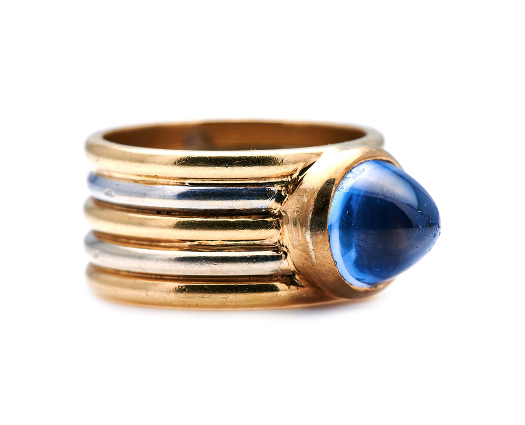1940s, 18ct Gold, French, Sri Lankan Cabochon Sapphire Ring