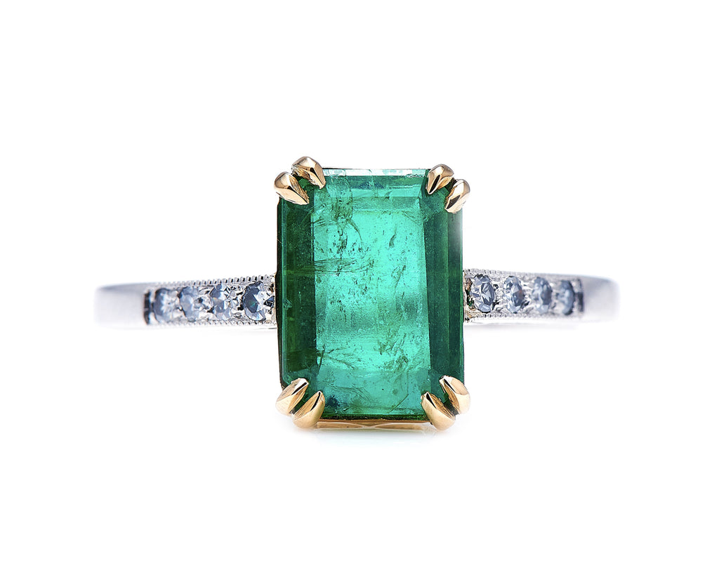 Art Deco, 18ct White Gold, Emerald and Diamond Ring