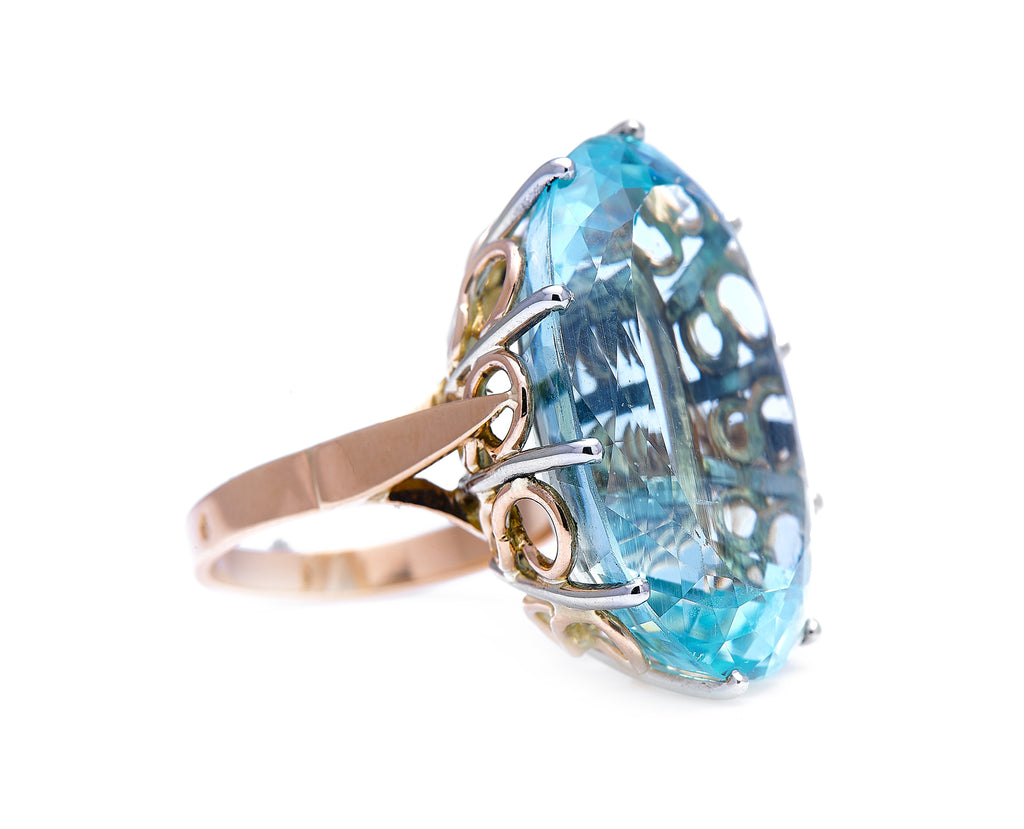 Mid Century, French, Pérignon, 18ct Gold, Single 26ct Aquamarine Ring