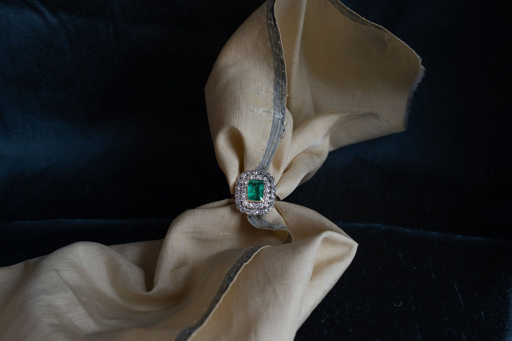 Edwardian, 18ct Gold, Colombian Emerald and Diamond Cluster Ring