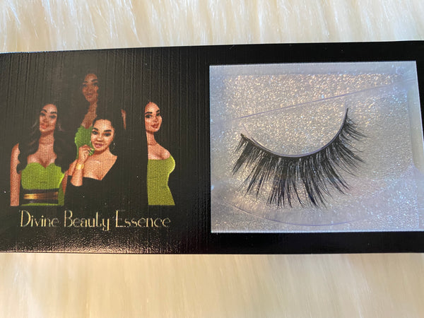 Lure (Luxury Lashes)