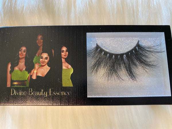 Risqué (Luxury Lashes)