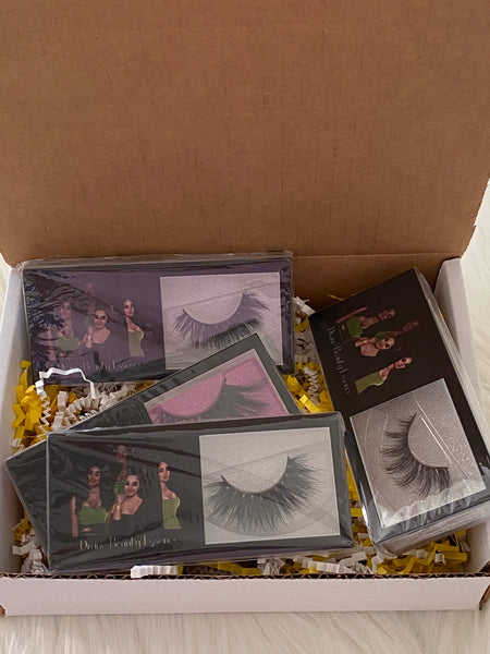 JANUARY LASH BOX